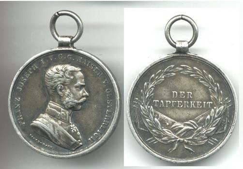 WWI Austria Royal FJ BRAVERY medal silver 3