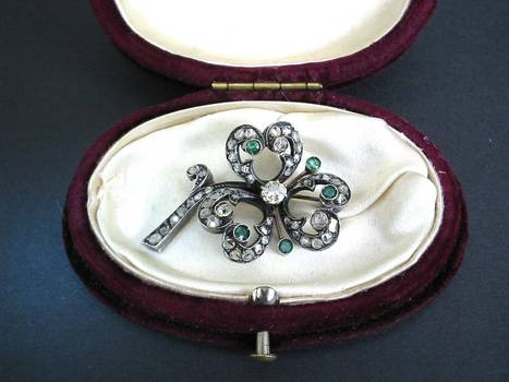 Georgian Gold Diamond & Emerald clover brooch